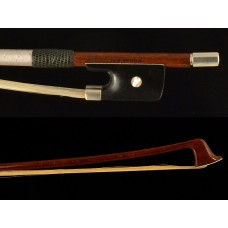 Otto Guetter cello bow